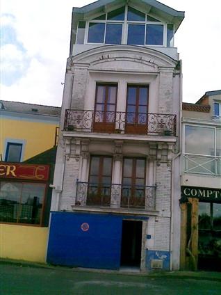 Maison d'un particulier désirant changer son portail métallique sur le secteur de Nantes 44000