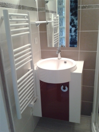 Aménagement optimal d'un petit espace en salle d'eau  dans 3.5 m² à Sainte Luce 44980.