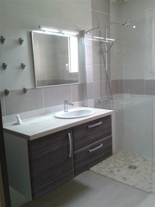 Réalisation d'une salle d'eau avec douche à l'italienne à Saint Julien de Concelles 44450.