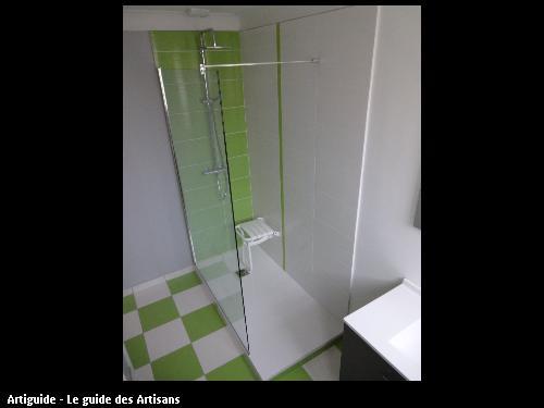 Réalisation d'une douche en remplacement d'une baignoire