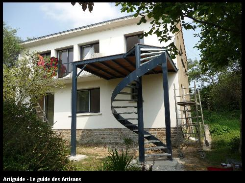 rénovation  façade apres travaux sur  St Nazaire  Régine  Blanchard  Maitre  d'œuvre   à Saint  Viaud