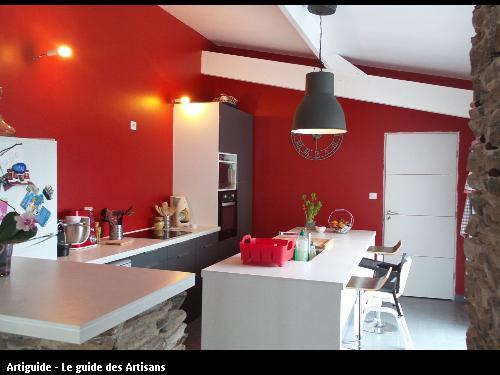 Cuisine réalisée par l'entreprise Gilles Normand dont le siège est Rouans 44 640.