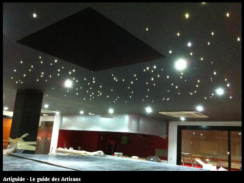 Réalisation d'un plafond étoilé dans un restaurant à Guérande