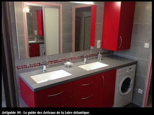 Salle de bain, plan de travail Krion avec vasque