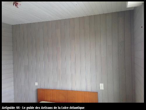 Chambre après, lambris plafond et murs
