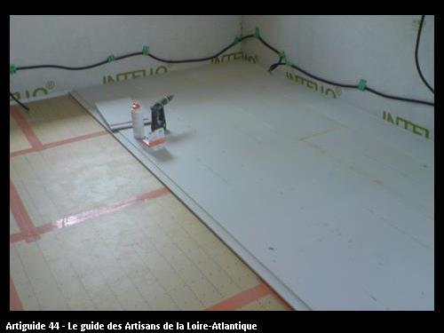 isolant de sol en tms et chape sèche fermacel dans une maison à très haute performance énergétique http://maisonboishpejulienelodie.unblog.fr/