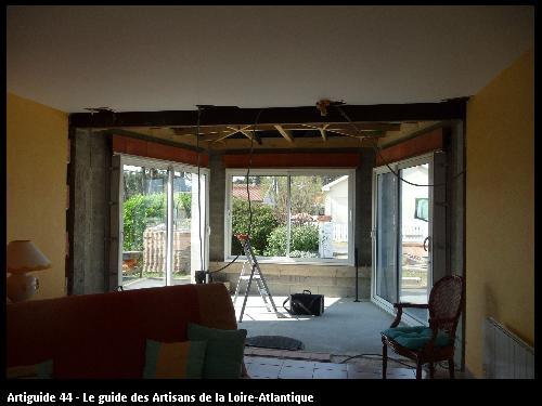 extension d'un salon sur la bernerie .Régine Blanchard Maitre d 'œuvre  a Saint Viaud