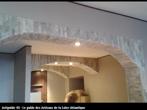 Eclairage La Cave Saint Bernard réalisé par l'entreprise Electricité Martin située à Saint Père en Retz 44320 (Les moutiers en Retz)