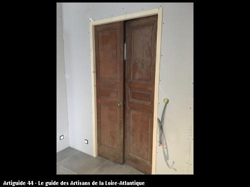 RENOVATION LA BERNERIE EN RETZ  remise en service d'une double   porte   existante   lors  des travaux de  rénovation