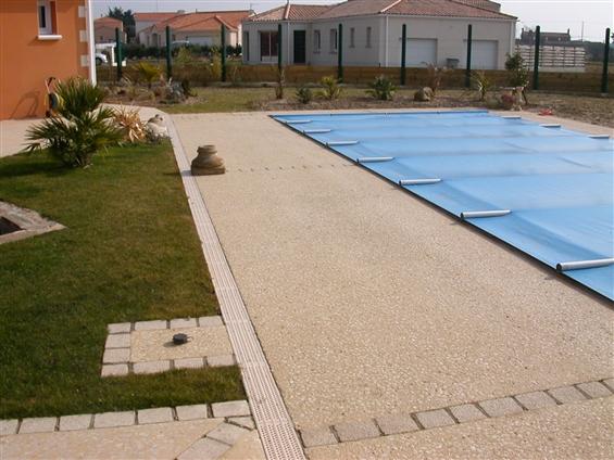 Plage de piscine à SAINT BREVIN LES PINS 44250.