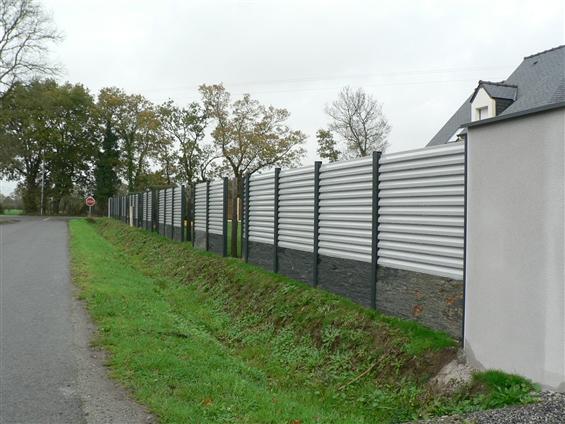 Fourniture et pose d'une clôture aluminium lames z  44160 PONTCHATEAU