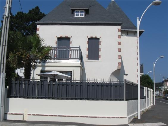Clôture coulissante à La Baule 44500.