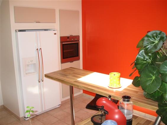 44630 - PLESSE - peinture des murs de la cuisine