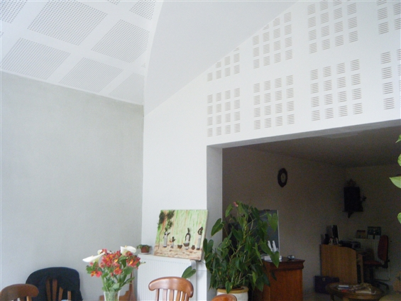 Plafond + mur en placo accoustique et décoratif