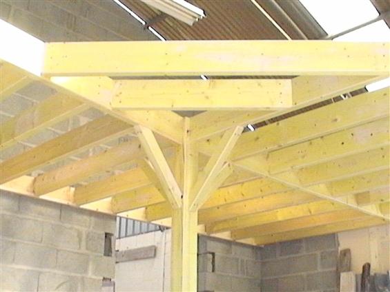 Création d'une charpente pour créer un étage intérieur à Couëron 44220.