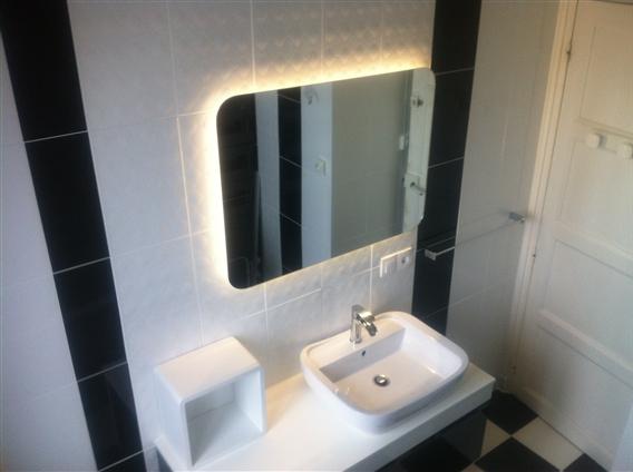 Création de salle de bain clé en main : sanitaire, chauffage, carrelage et faience à Saint Nazaire 44600.