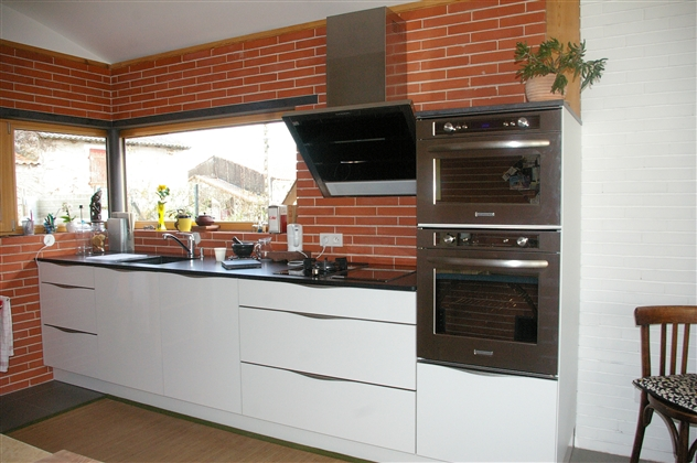 cuisines agencement cbd44 cuisiniste basse goulaine. Black Bedroom Furniture Sets. Home Design Ideas