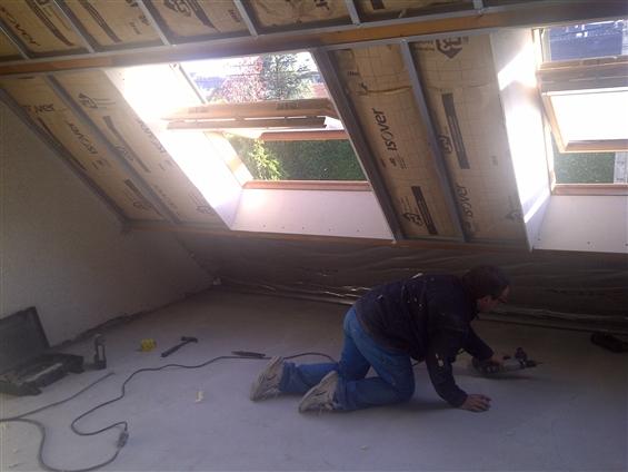 Aménagement de combles isolation placo et menuiseries intérieures (rangements) à NANTES 44100.