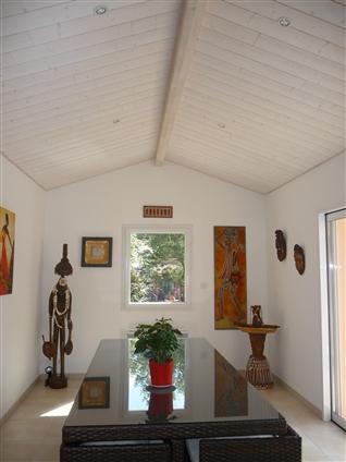 PREFAILES  détail d'une extension  pour espace repas réalisé par le maître d'oeuvre: Régine Blanchard