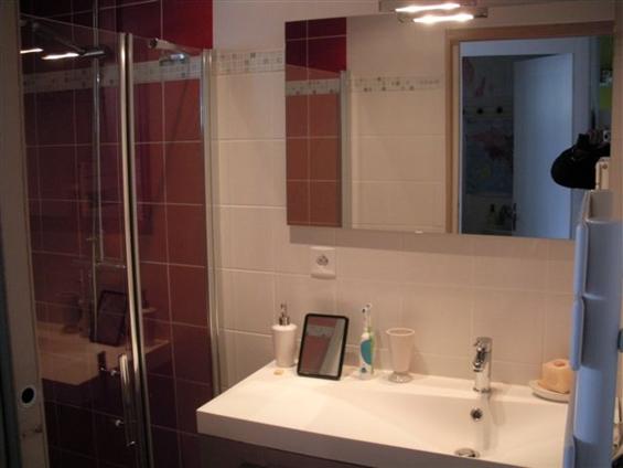 salle de bain réalisée par JCT, artisan basé à la Sicaudais, Arthon en Retz, 44 320