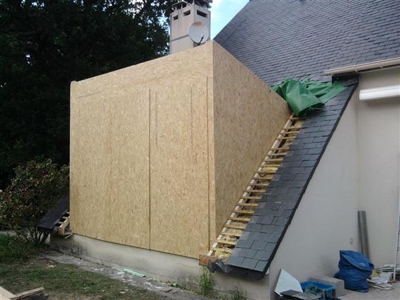 Création d'une extension sur toiture à SAUTRON 44880.