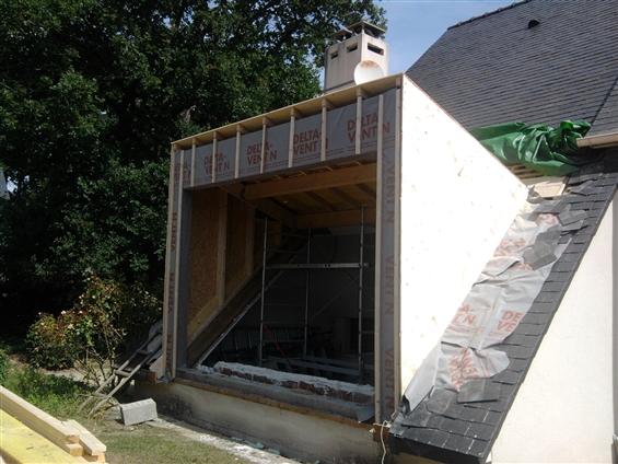 Création d'une extension ossature-bois sur toiture à SAUTRON 44880.