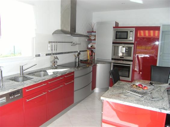 Cuisine laqué brillant - CHATEAU THEBAUD 44690